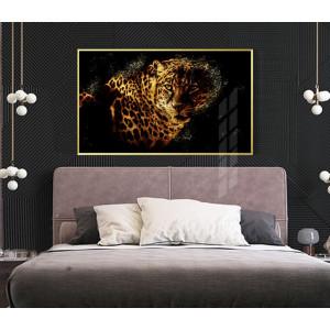Картина Золотой леопард на черном №636