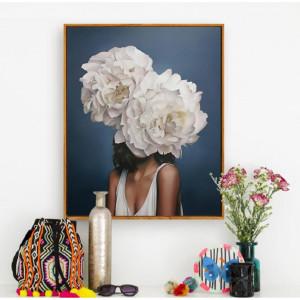 Картина Деввушка с белым цветком на голове №681